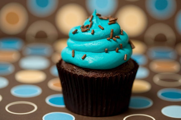 http://media.sheknows.com/articles/mod-cupcake.jpg