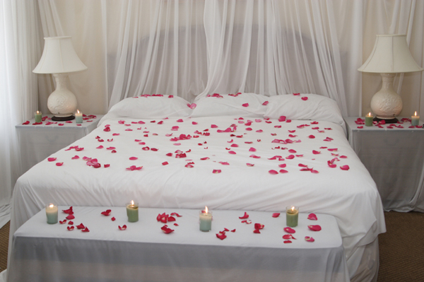 ��� ���� ���� ����� ��������.. romantic-bedroom-can